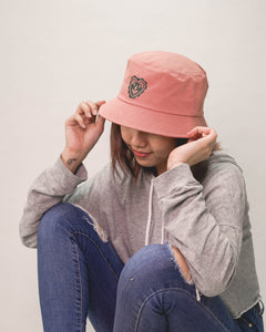 FINGERS CROSSED BLUSH bucket hat