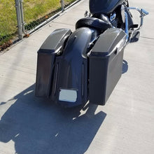 "Load image into Gallery viewer, Honda VTX 1800 4"" Bagger Kit & Lids - Backyard Air Suspension & Innovations, LLC."