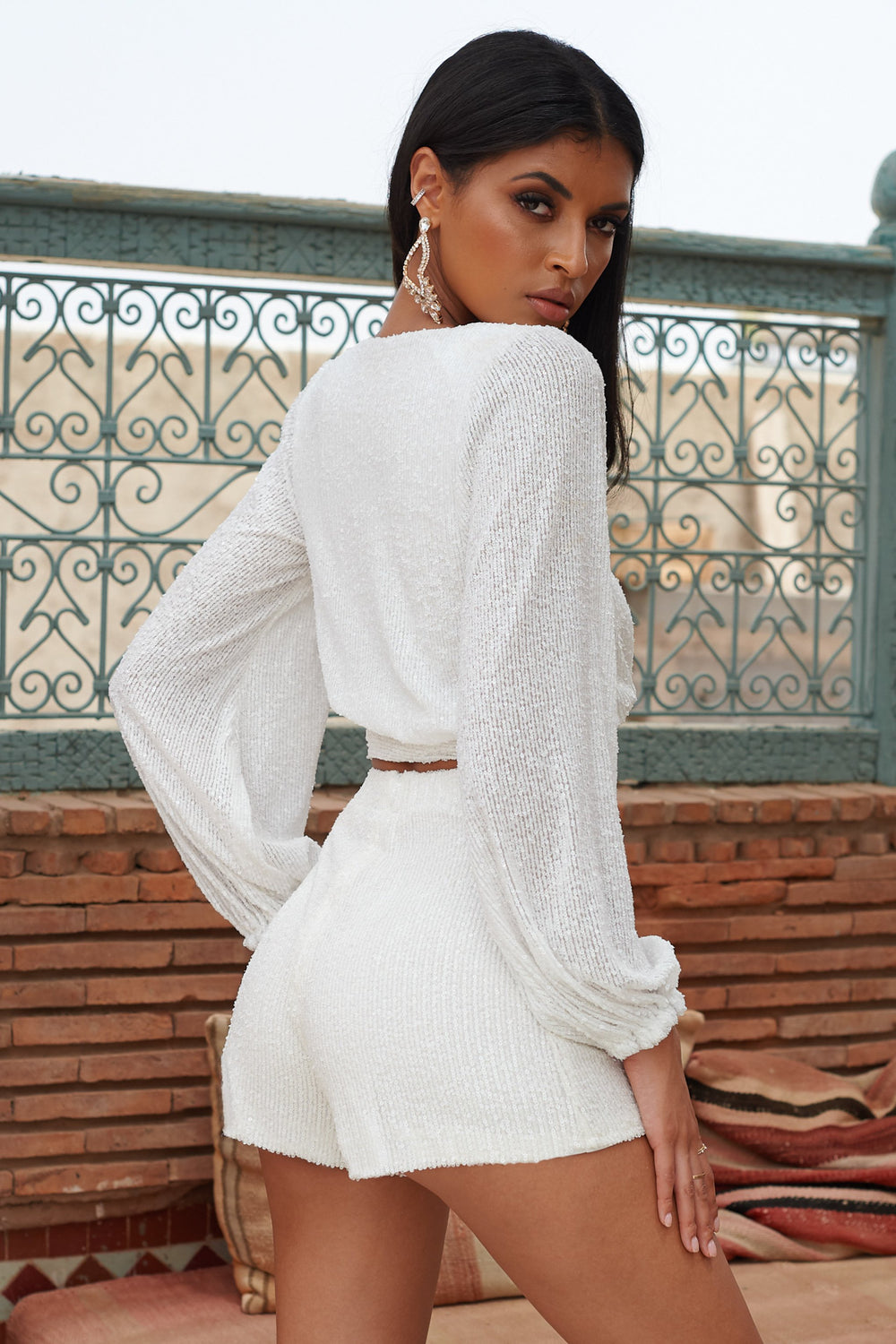 White Sequin Tailored Shorts                      – Club L London - USA
