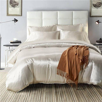 Nordic Silk Bedding Set - Silver