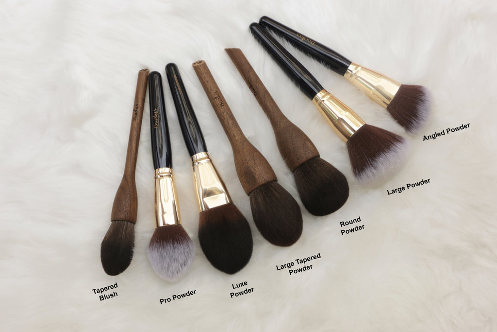 13rushes powder brush size comparison