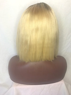 "Load image into Gallery viewer, 10"", front lace, 613 Blonde with a Dark root Bob"