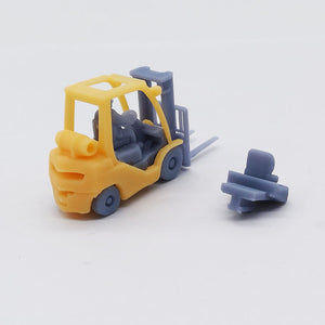 Outland Models Train Railroad Heavy Duty Forklift Truck w Driver HO Scale 1:87