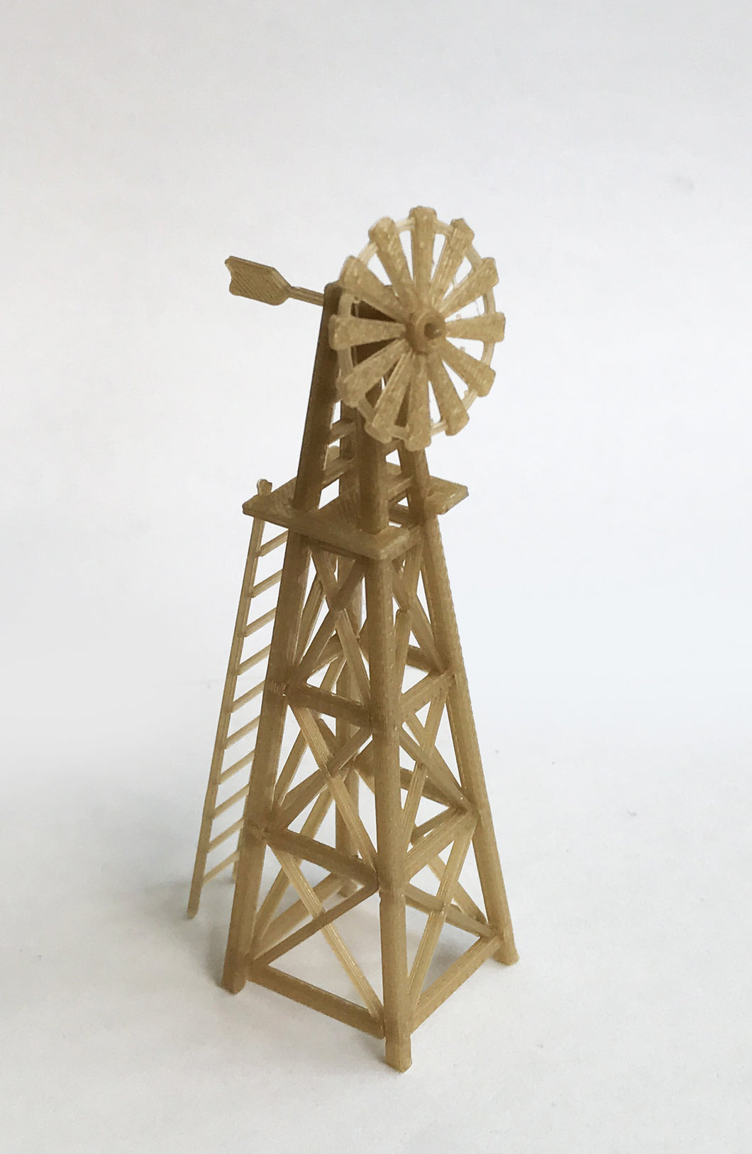 Country Farm Windmill (Gold) HO Scale 1:87 Outland Models Railway Layout