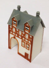 将图片加载到图库查看器,Half Timbered House (with Passage) Z Scale Outland Models Train Railway Layout
