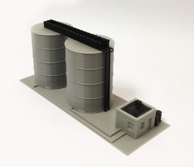 Scenery Gas / Fuel Standing Tank Set N Scale 1:160 Outland Models Train Railway