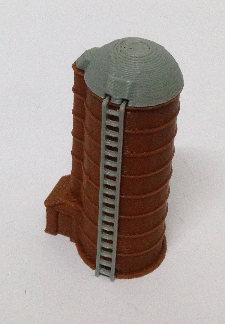 Country Farm Grain Silo N Scale 1:160 Outland Models Train Railway Layout