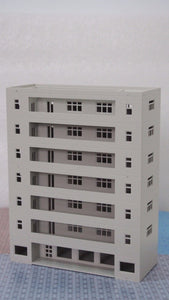 Modern Building Dormitory / School Grey N Scale 1:160 Outland Models Railway