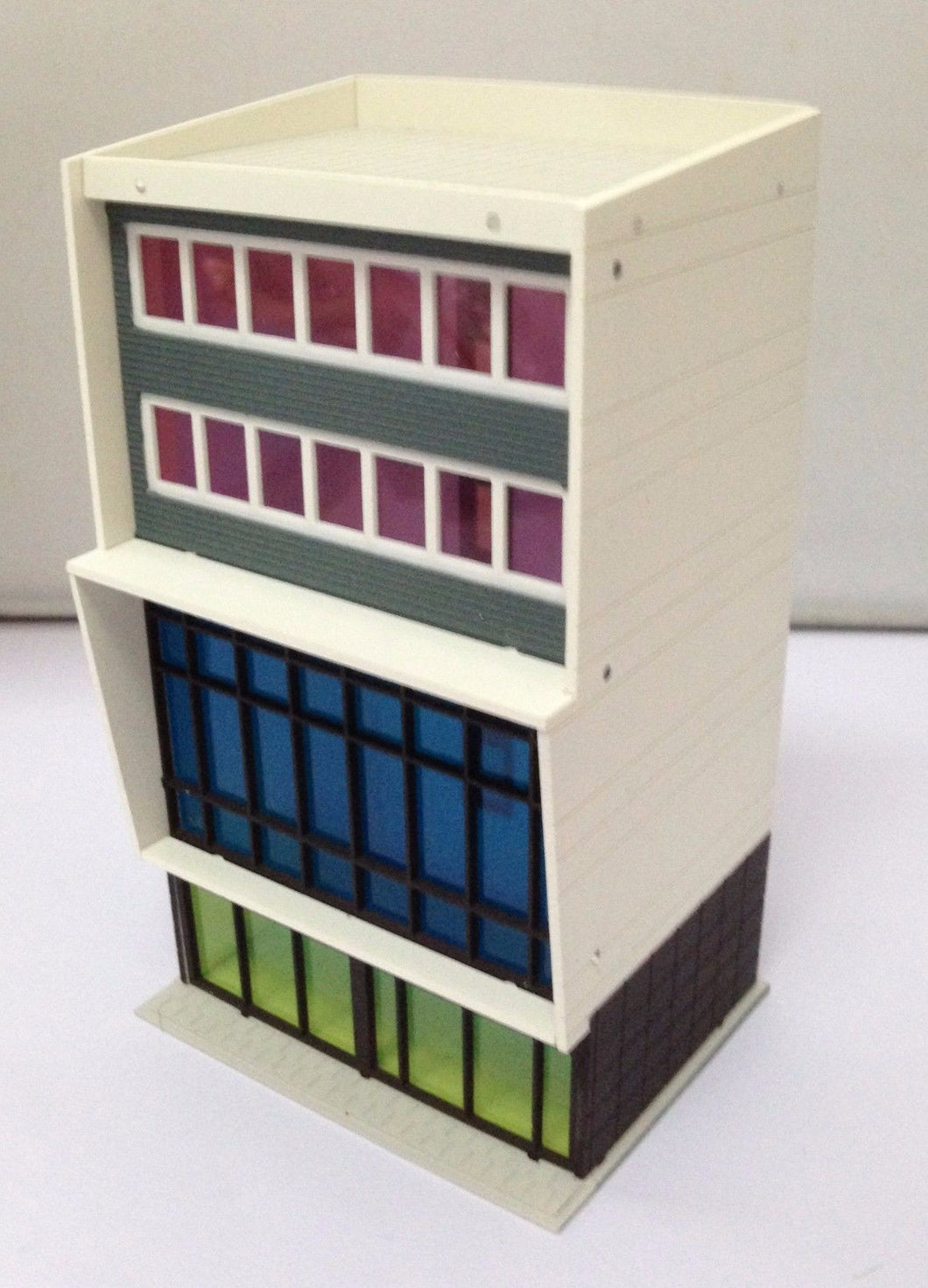 Colored Modern Building Stylish Shopping Centre N Scale Outland Models Railway