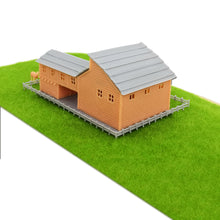 Load image into Gallery viewer, Country L-Shape Barn House w Accessories Z Scale