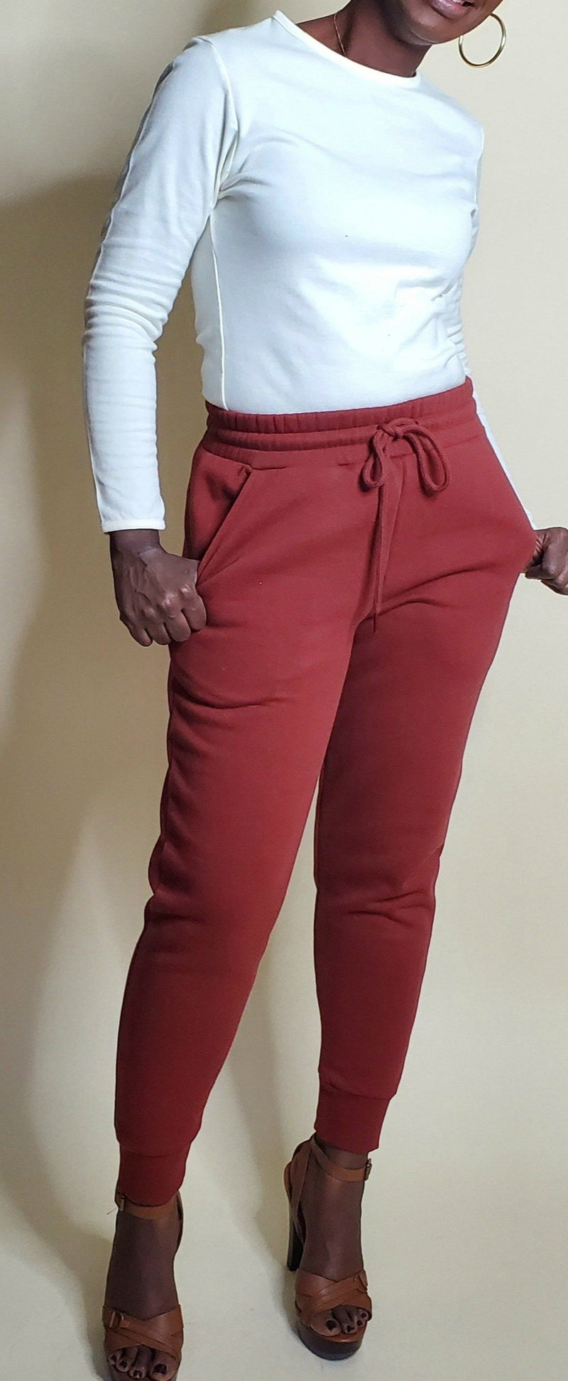 Essential Sweatpants (Dark Rust)