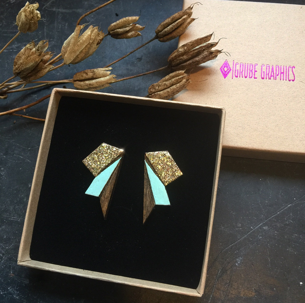 Image of   Big Wings Gold & Mint