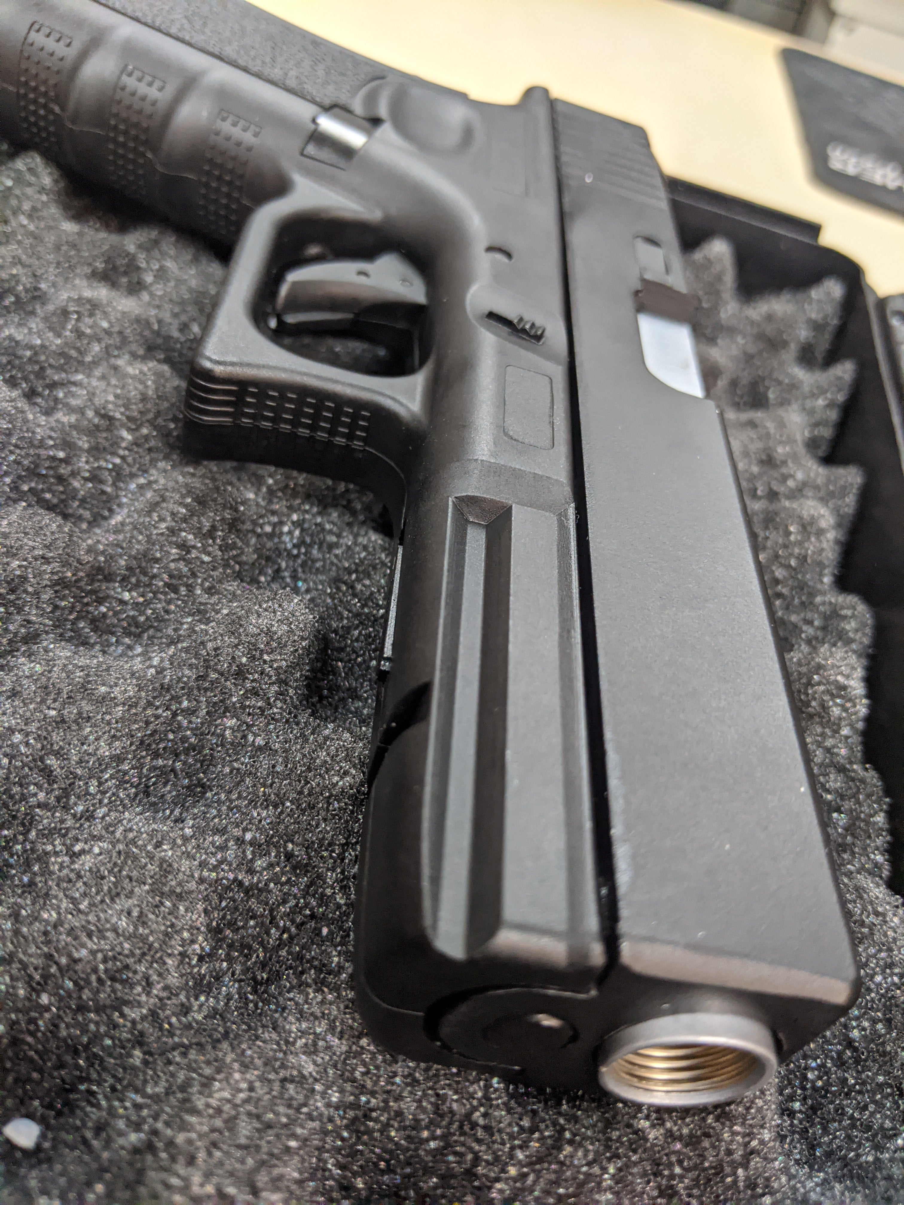 Well G17 Glock C02 Pistol