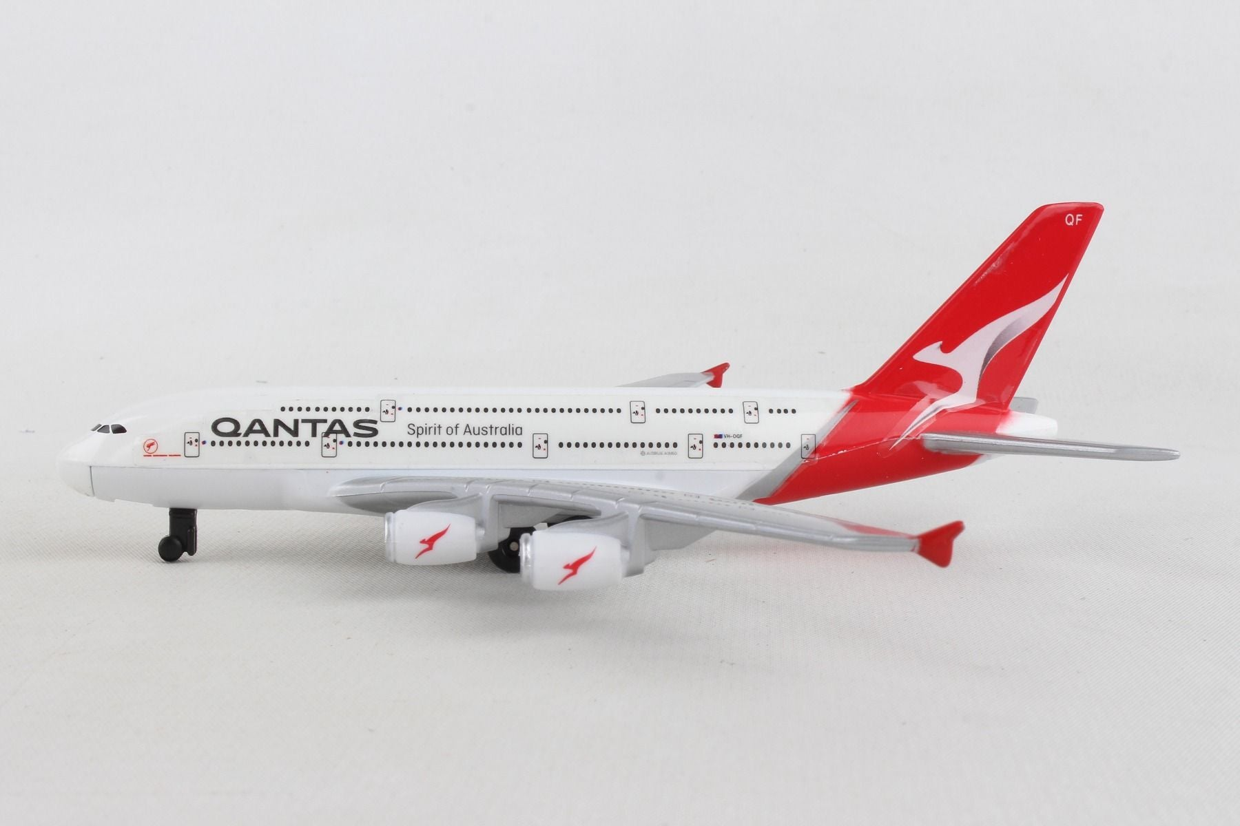 QANTAS A380 SINGLE PLANE NEW LIVERY