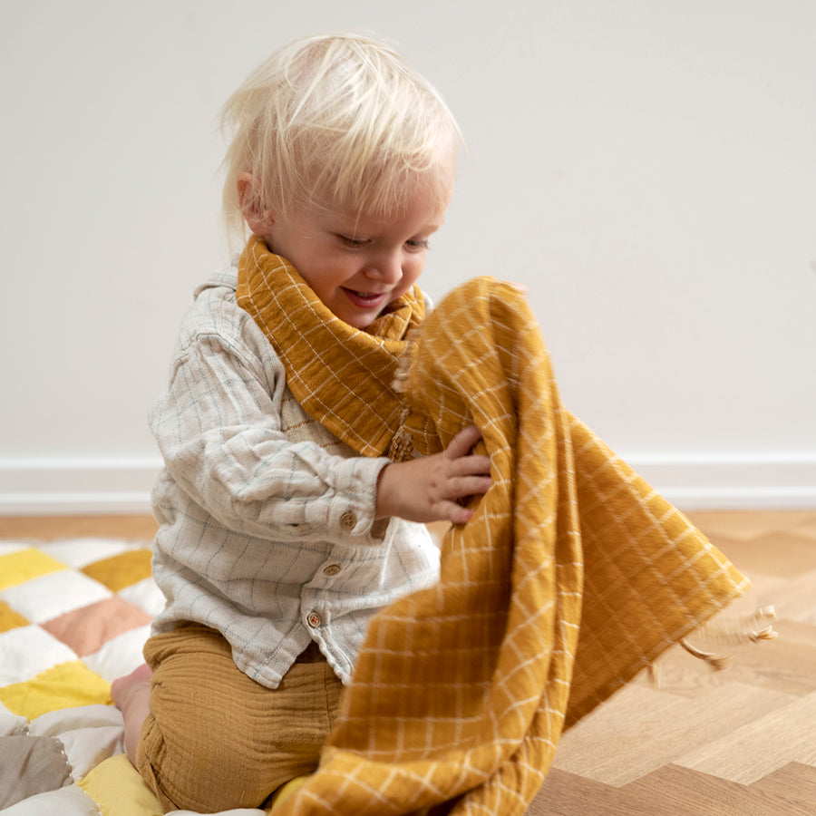 Quilted Blanket . Diamond / Yellow