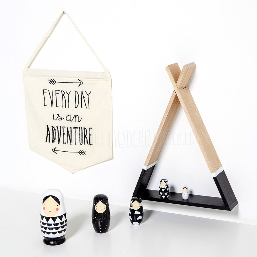 Toy . Nesting Dolls - Black & White