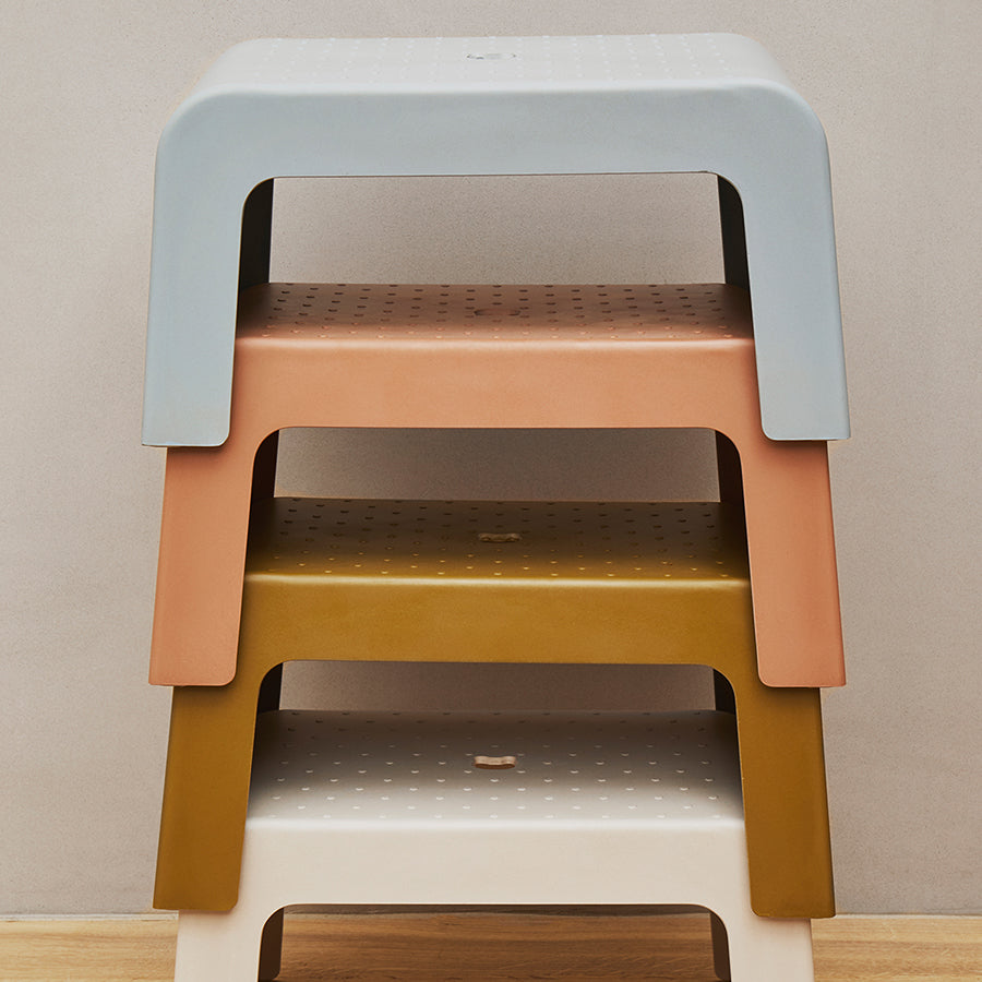 Step Stool . Ulla - Faune Green