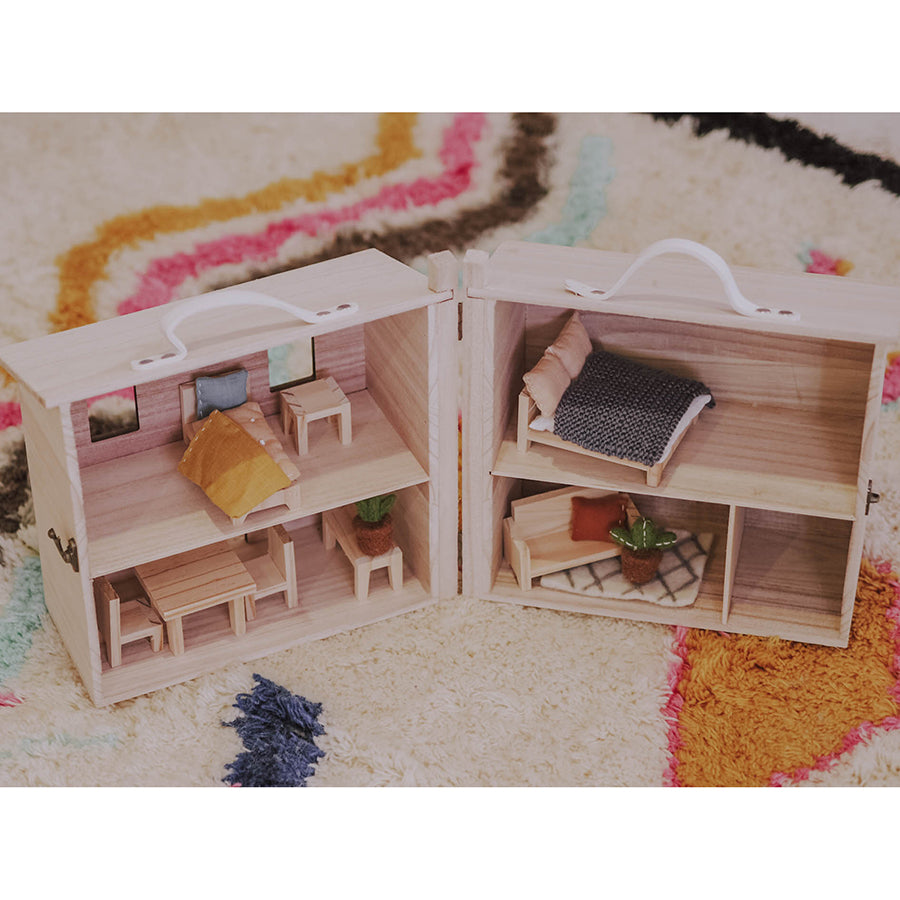 Dolls House Furniture . Holdie House - Dining / Kitchen Set