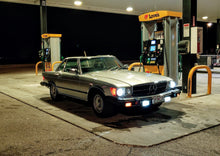 Load image into Gallery viewer, R107 Mercedes SL