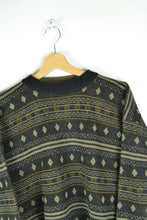 Load image into Gallery viewer, Cute Gld/Black Patterned Sweater M L