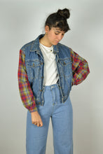 Load image into Gallery viewer, Vintage Paded Denim Jacket Small S