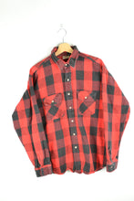 Load image into Gallery viewer, Classic Red/Black Checkered Flannel Shirt Large L
