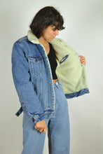 Load image into Gallery viewer, 90s Lined Levi's Denim bomber Jacket Medium M