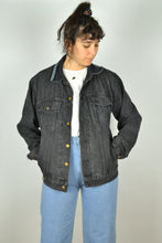 Load image into Gallery viewer, 90s Y2K Black Denim Jacket Medium M