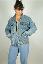 Load image into Gallery viewer, WRANGLER 80s 90s Denim Jacket Medium M