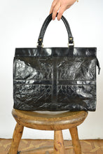 Load image into Gallery viewer, Faux Crocodile Leather Hand Bag
