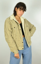 Load image into Gallery viewer, 90s Levi's Beige Corduroy Aviator Jacket Medium M