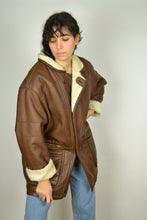 Load image into Gallery viewer, Vintage 90s - Vegan Sheepskin Jacket - Size L