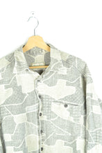 Load image into Gallery viewer, Cool 90s Long sleeved Thick Shirt Large L