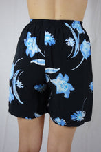 Load image into Gallery viewer, High Waisted Summer Short 90s Small S Medium M