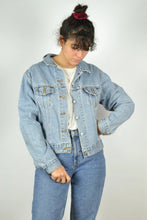 Load image into Gallery viewer, LEVI'S Light Blue Denim Jacket Vintage 90s Blue Jean Small S