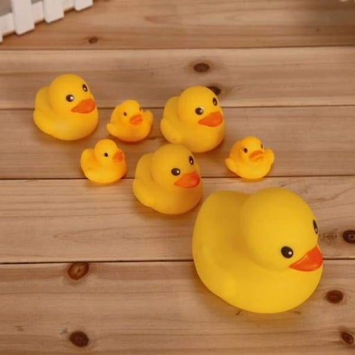 Duckling vocal will call children's toys yellow ducklings -