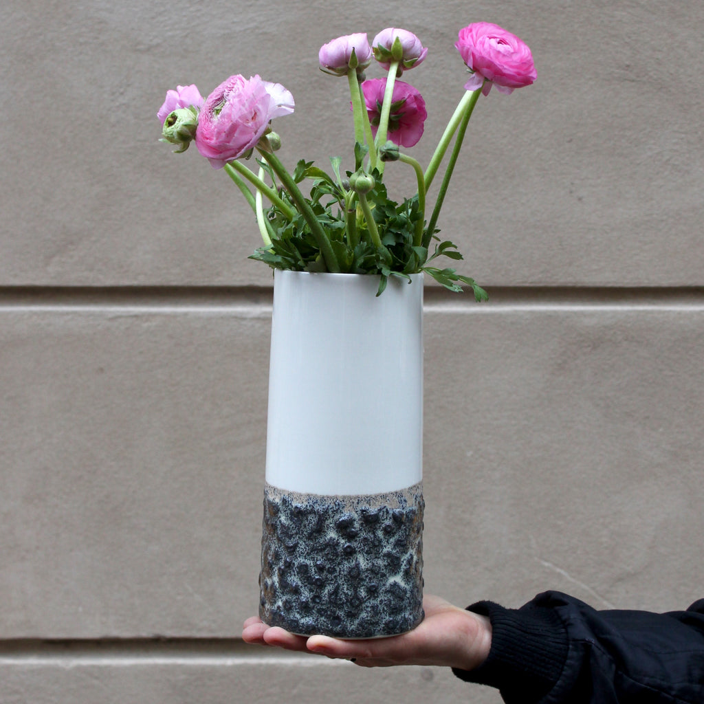 Sika Vase (outgoing item)