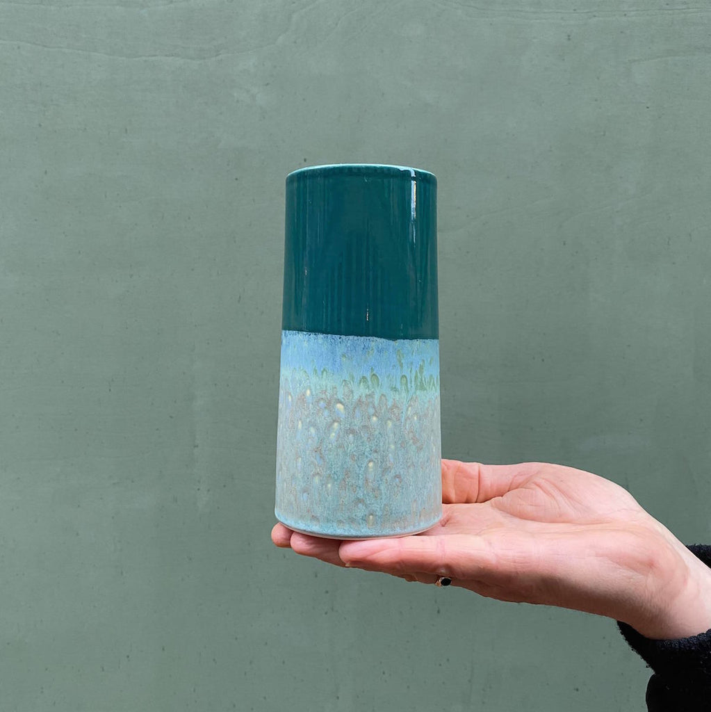 Sustainable Vase - Green/Dark Green