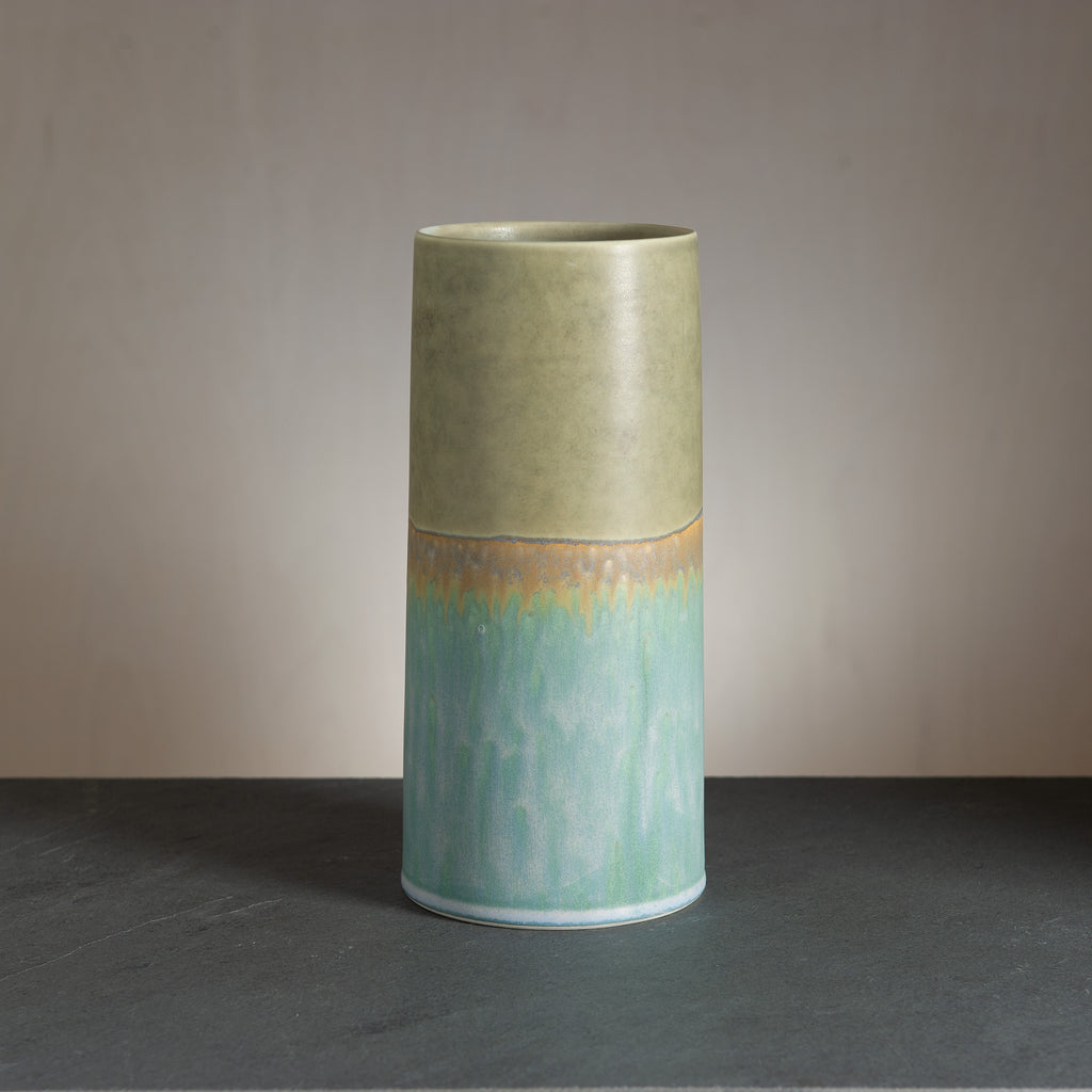 Sustainable Vase - Olive/Greenish