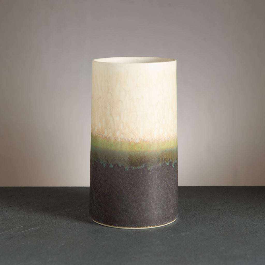 Sustainable Vase - Black/Cream
