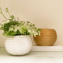 Load image into Gallery viewer, White Round Planter