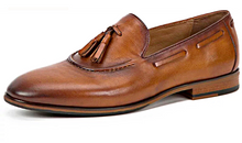 Load image into Gallery viewer, Tassel Loafers- Brown