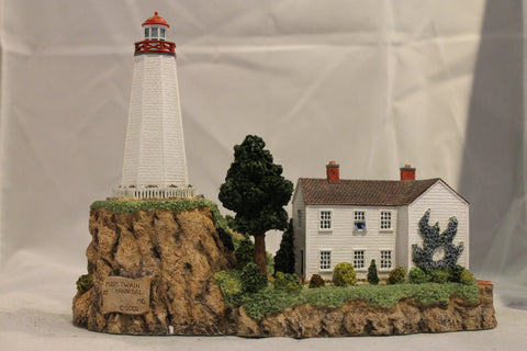 Collector Lighthouse: Mark Twain Memorial Lighthouse, Hannibal, MO #HL654