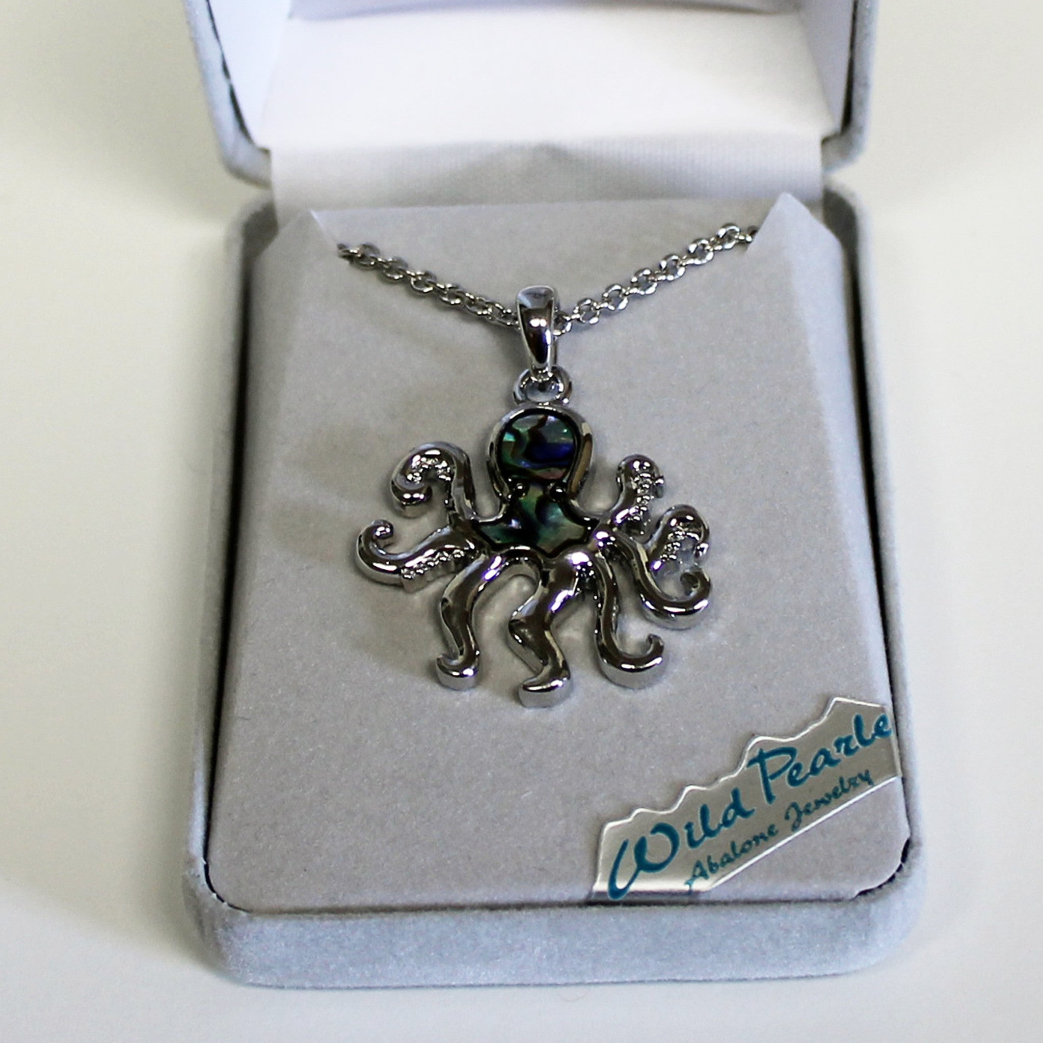 Wild Pearle Octopus Necklace