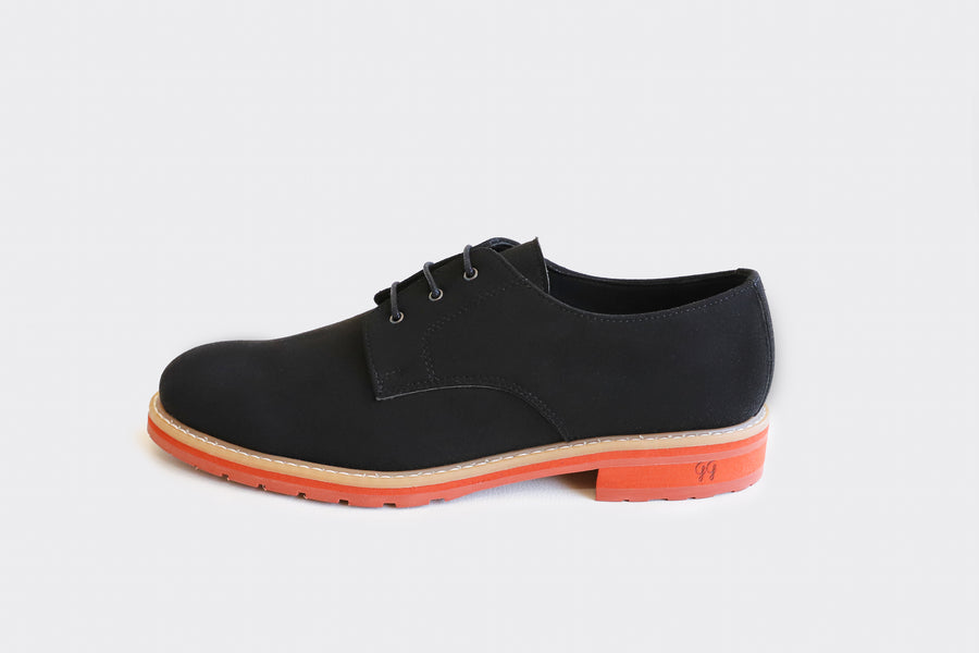 APONI 2.0 BLACK VEGAN DERBY
