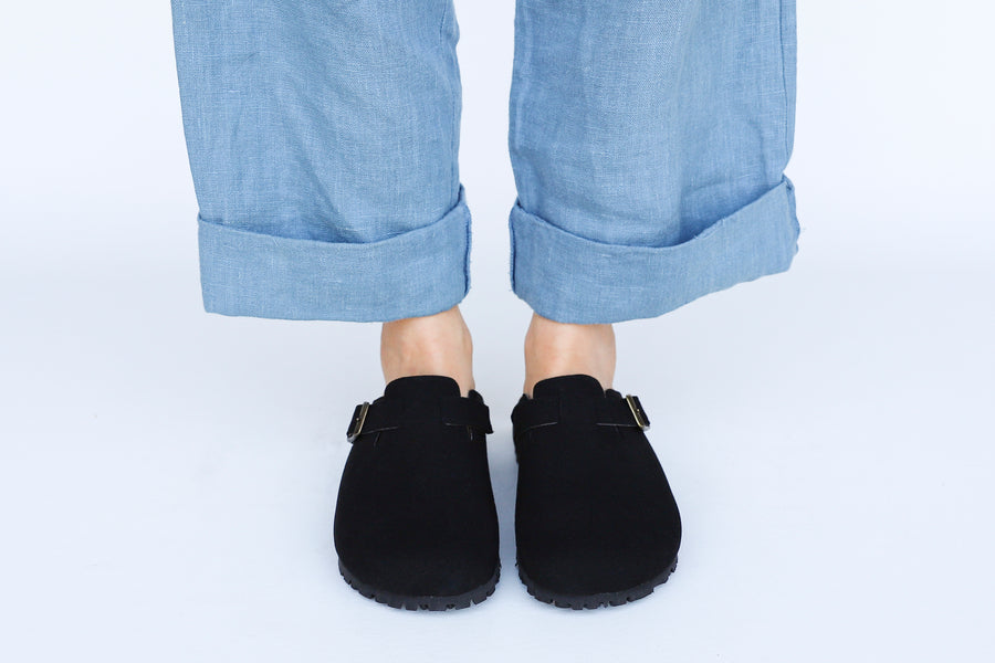 GENA Black Comfy Vegan suede Slide-On