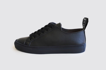 SAMO VEGAN LOW TOP SNEAKERS | BLACK Veg Leather