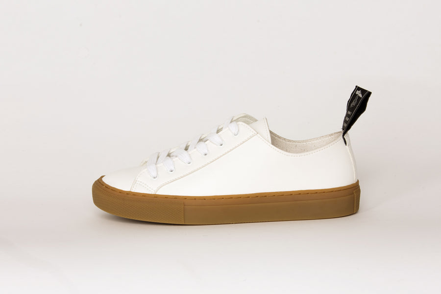 SAMO VEGAN LOW TOP SNEAKERS | WHITE Veg Leather, brown sole