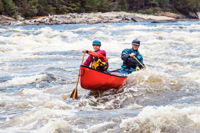 Our top 4 ways to get your Valentine to try whitewater paddling