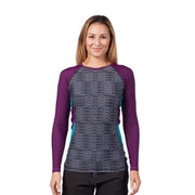Women's Venus Long Sleeve Rash Top Womens Sun Protection/Layering BLACK RIPPLES / XS Level Six